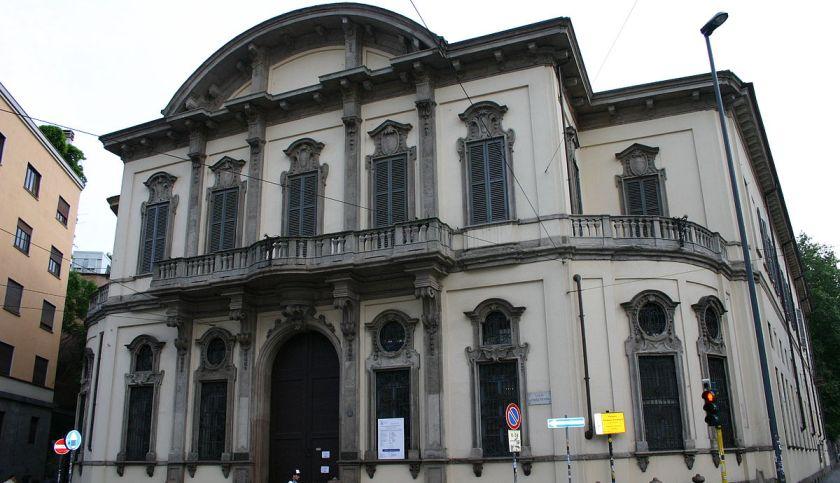presentazione volume tutto o niente. analisi critica dell'opera di Curzia Ferrari. Vincenzo Guarracino