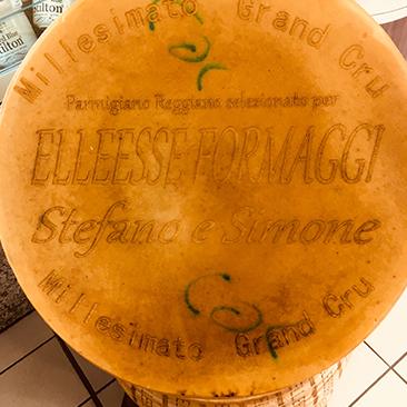 Parmigiano reggiano millesimato da elleesse formaggi