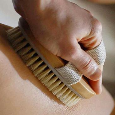 massaggio con spazzola vitanatura promozione marzo