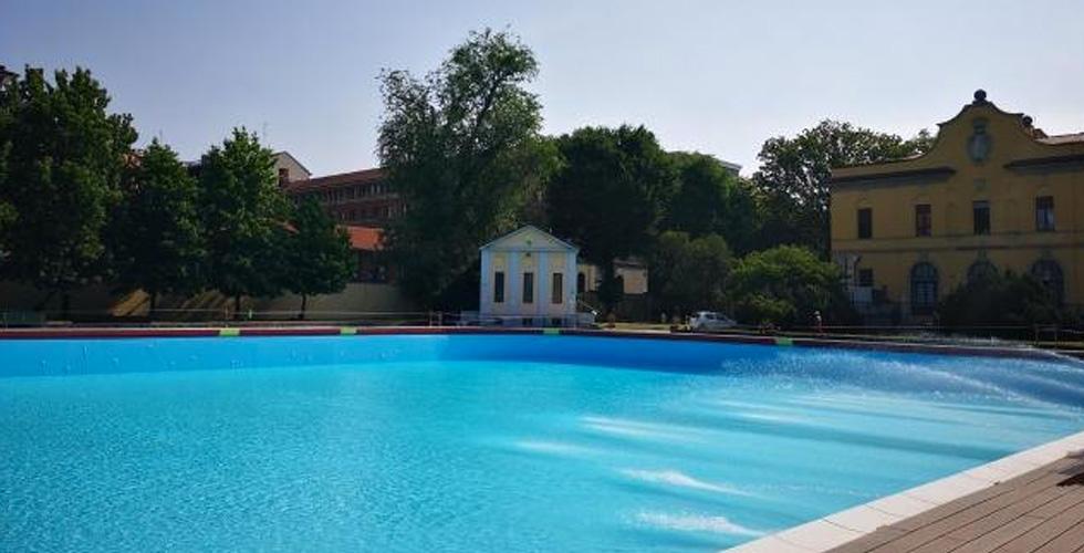 piscina romano si nuota fino alle 20:30
